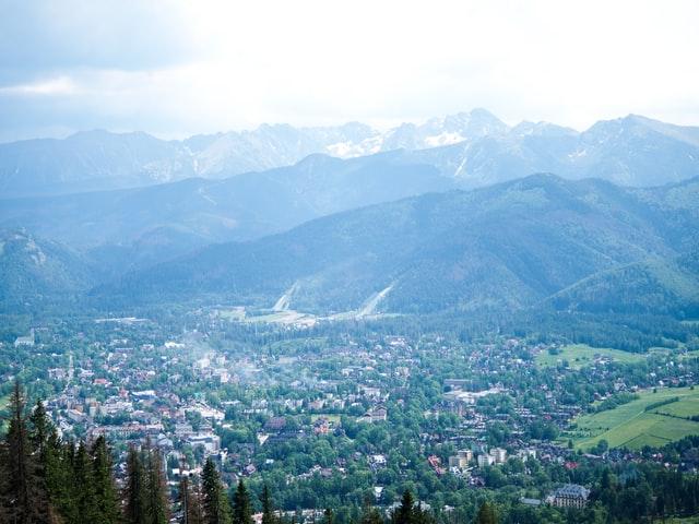 Jakiej firmie hotelarskiej zaufać przed wakacjami w górach?